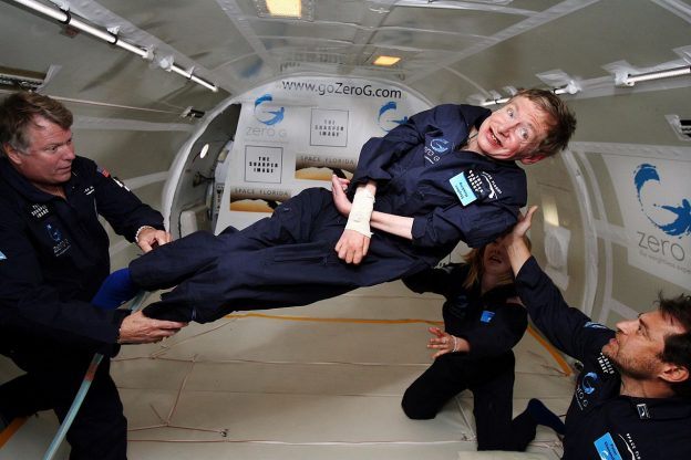 1280px-Physicist_Stephen_Hawking_in_Zero_Gravity_NASA